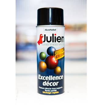 julien-peintures-en-spray